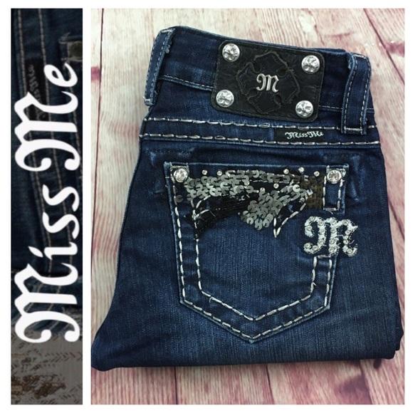 6c72b1b0400 Miss Me JE5456T2R Straight leg Jean in size 24